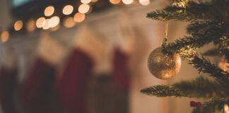 Jakie dodatki można wykorzystać jako ozdoby świąteczne